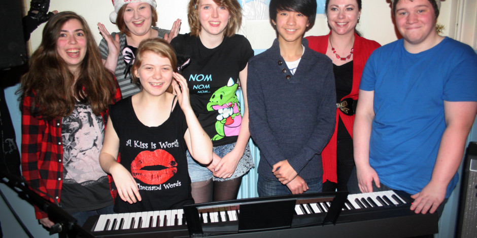 Tutors' Fundraising buys new stage piano for Totally Sound